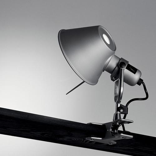 LAMPADA ARTEMIDE TOLOMEO PINZA LED O ALOGENO CON LAMPADINA ECO OSRAM FORNITA #Artemide #Tolomeo #Clamp
