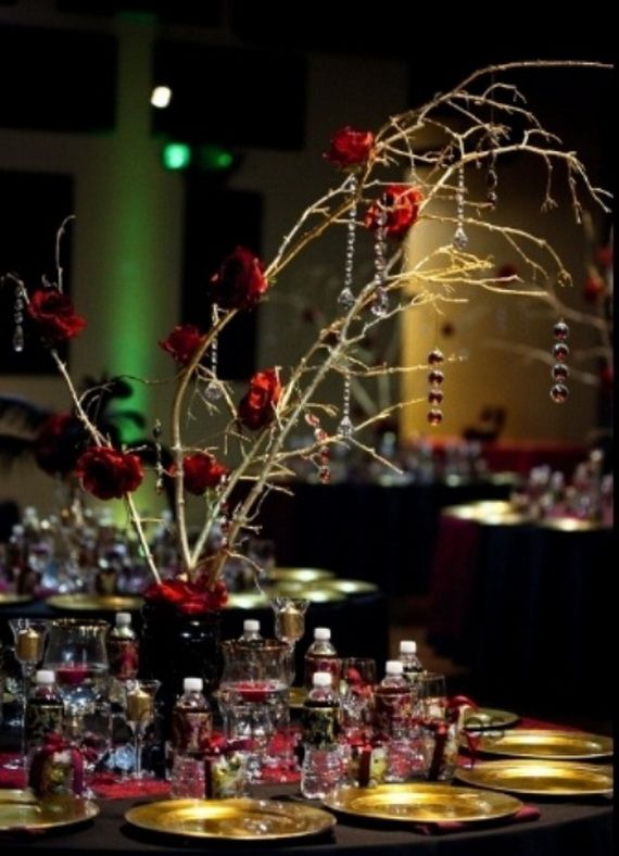 whimsical spooky halloween table decoration wedding ideas _05 - Halloween Wedding Table Decorations