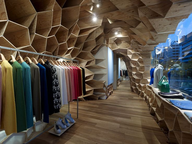 "KENGO KUMA / SHOP INTERIOR / JAPAN. The feeling which is given to my from this retail space is a ""cave"" like room. In many ways this could make the audience feel trapped however I feel it creates an intimate and sucluded feeling."