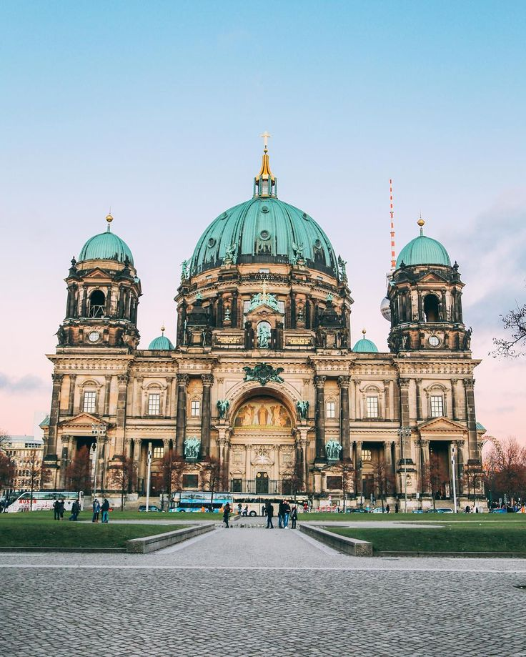 Finally got to see The Berliner Dom close up and this cathedral is pretty impressive!   (Photo: Berlin Cathedral)