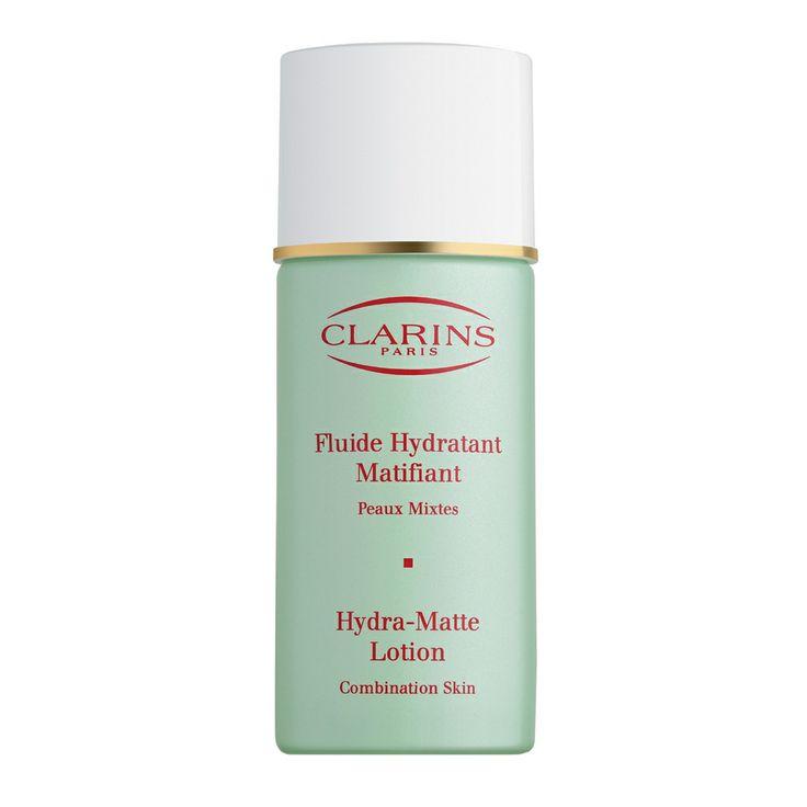 Fluide Hydratant Matifiant Eclat Mat 50 ML Groene algen, ginseng, line, Indische kastanje, dovenetel en vitamine B6 voor een matte huid op maat. De dagelijkse weldaad voor de gemengde huid! Gebruik: Elke ochtend aanbrengen op de perfect gereinigde huid van gezicht en hals. Fixeer uw make-up met Poudre Stop Brillance voor een langdurig en weldadig effect van Soins Eclat Mat.
