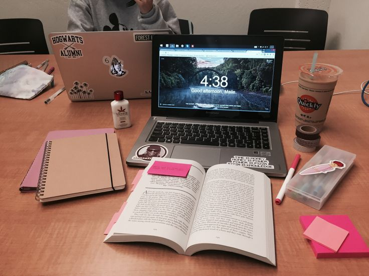 mailestudies:  030916 || 4:38pm  yet another library study date with @beks-studies