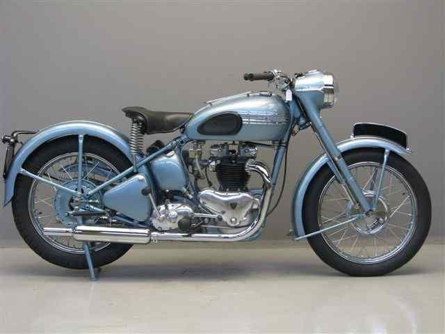 if i could afford a motorcycle collection, this would be in it: 1950 Triumph Thunderbird