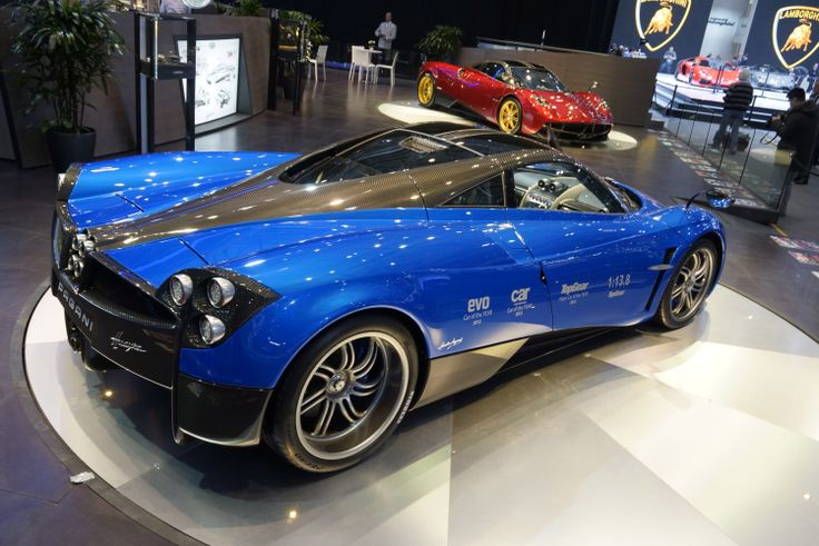Although the Huayra , just like any other Pagani Huayra Cost , an example of an almost zelotische dedication to detail , I 'm still not sure I like about him as the Zonda .