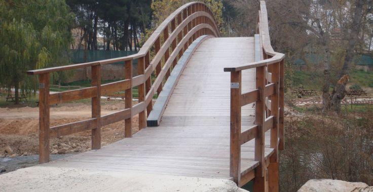 Escaleras y rampas incofusta fabrica de madera en - Escaleras para jardin ...