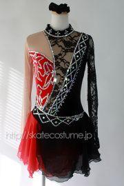 上品で気品漂う黒×赤のコスチューム!/大会用フィギュアスケート衣装/FRY-264黒×赤