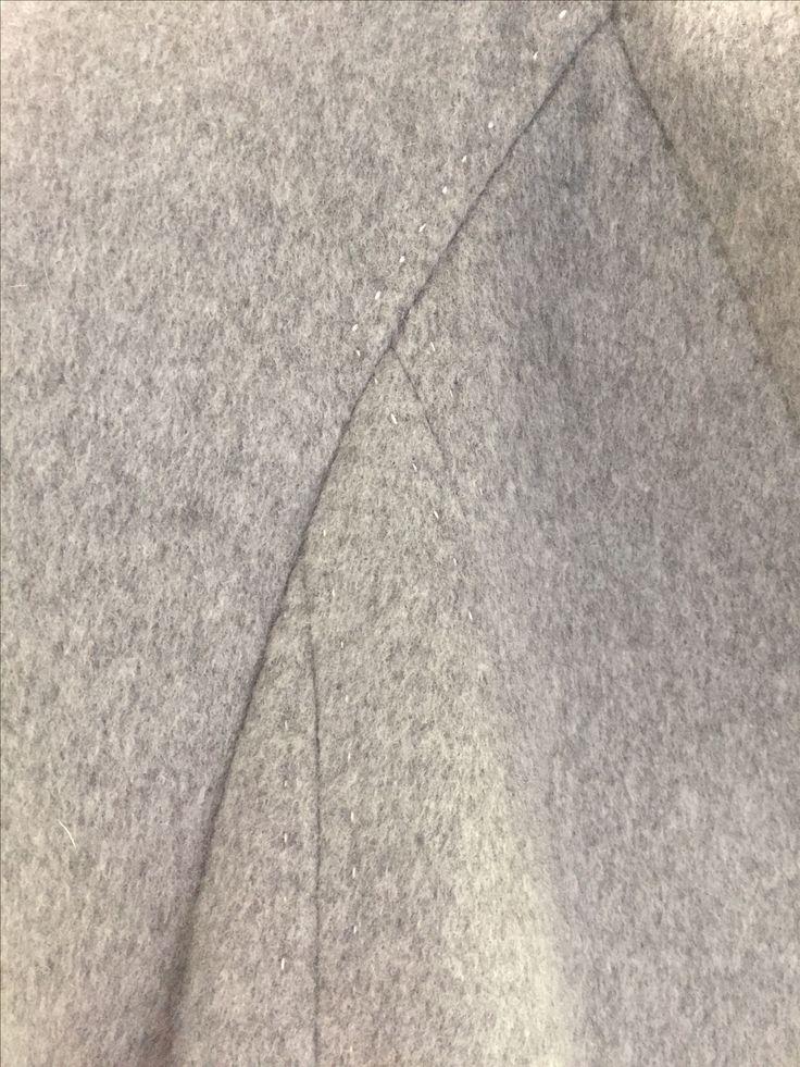 Reliefbyjunker.dk Cashmere coat, details.