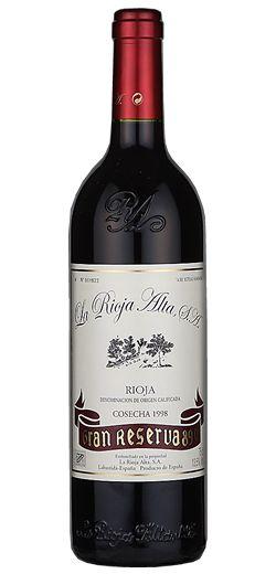 Oro para Gran Reserva 890 1998 del grupo La Rioja Alta, S.A. en International Wine Challenge 2013 http://www.vinetur.com/2013051512334/oro-para-gran-reserva-890-1998-del-grupo-la-rioja-alta-sa-en-international-wine-challenge-2013.html