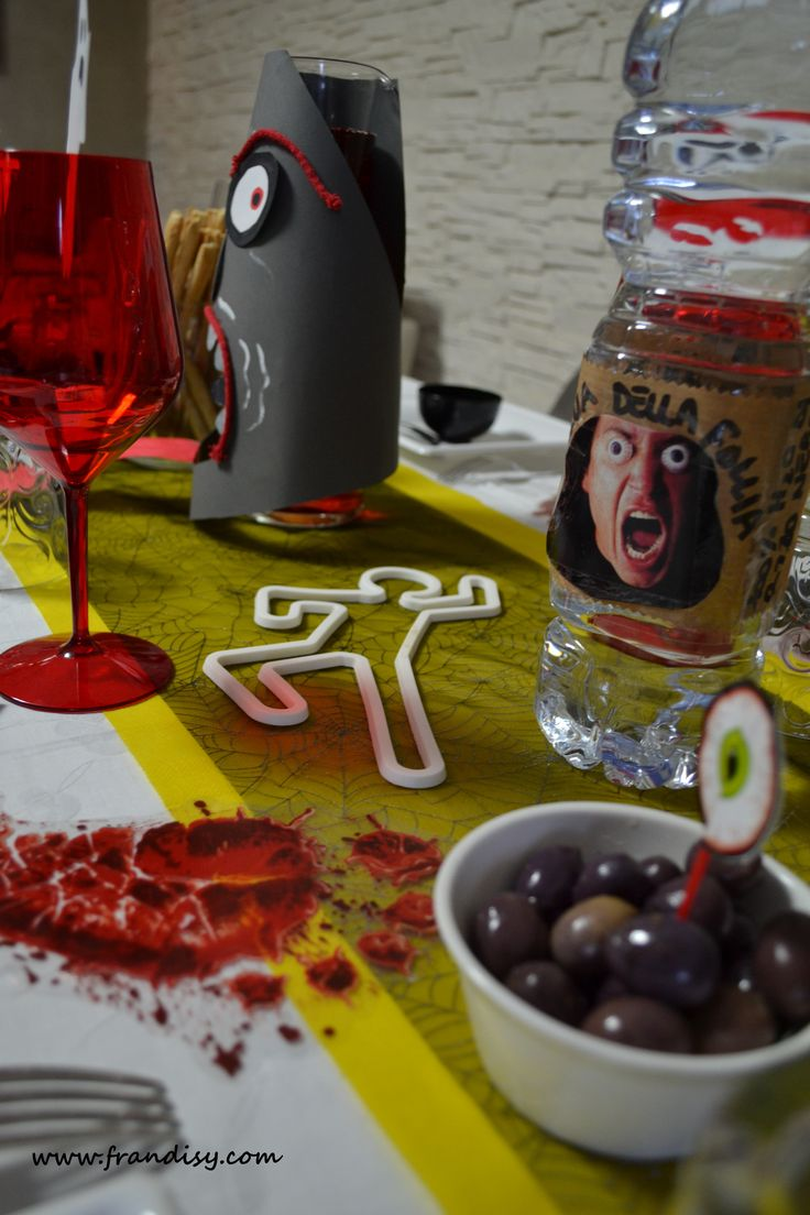 Cena di Halloween - tema folle scena del crimine