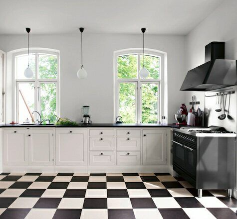best 25 black and white flooring ideas on pinterest black and white marble bathrooms with subway tile and black medicine cabinet