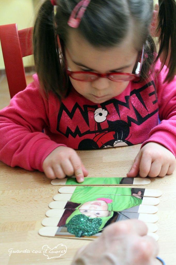 Puzzle fai da te con stecchini foto e colla vinilica: