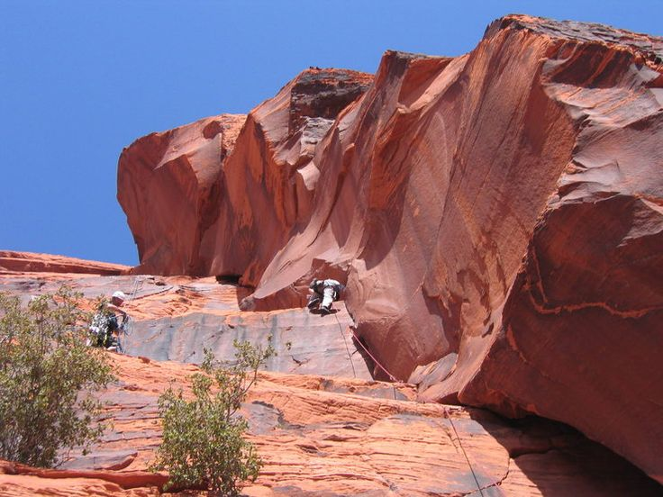 Rock Climbing Guide Photos Of Great Red Book Red Rock - Two climbers scale 3000ft hardest route world