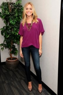 slouchy purple top, layered jewelry, dark wash skinny jeans, nude pumps...hmmm I have everything but the top..must get it.