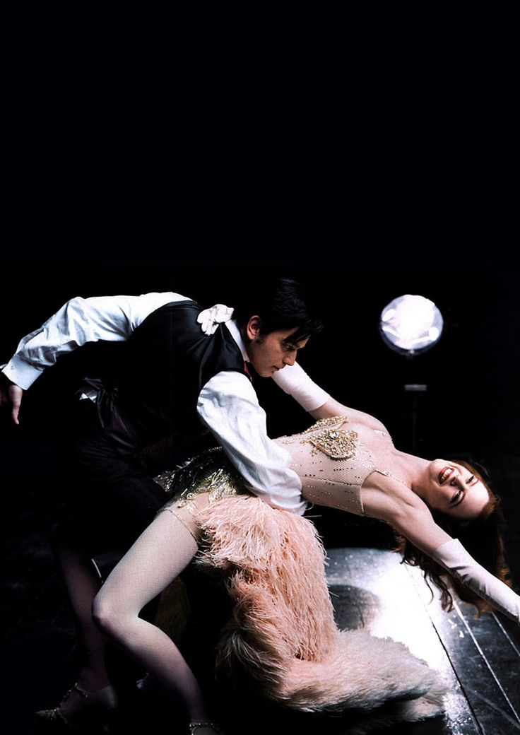 Ewan McGregor & Nicole Kidman for VOGUE, 2000.