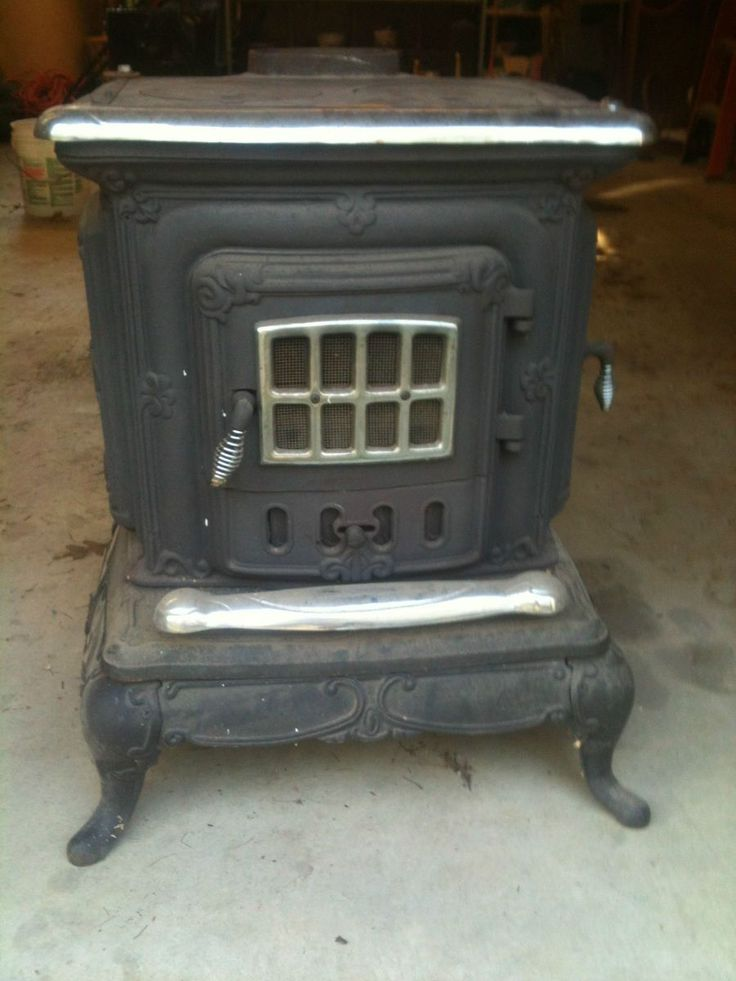 Antique Double Star Wood Burning Cooking Cast Iron Parlor