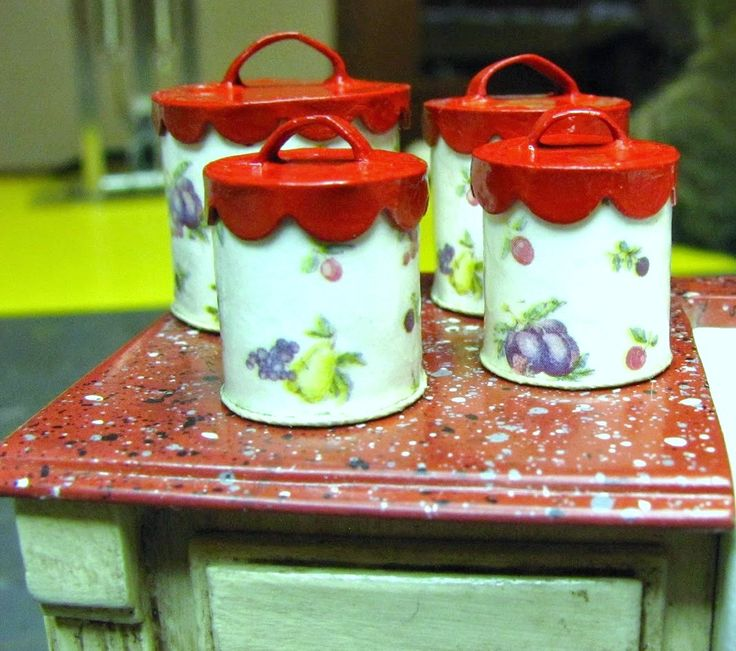 how to: kitchen canisters from cardstock