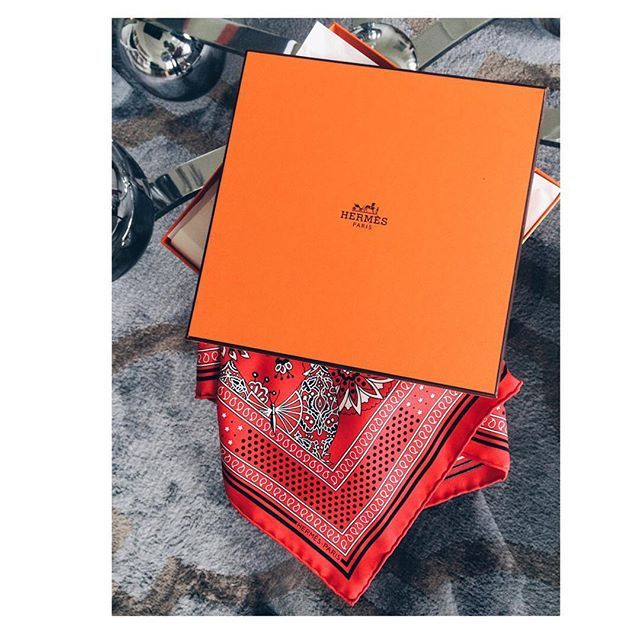 Sista dagarna på Patriksson spenderas på bästa sätt - att t.ex. få bära denna dröm på dagens Hermès event. #hermes