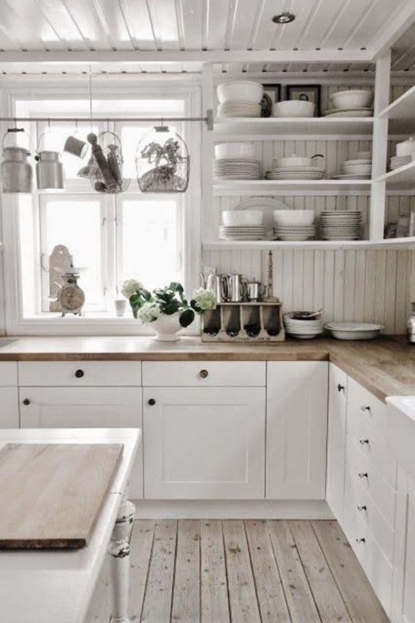 Cocina vintage con encimera de madera