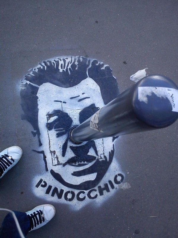 Street art:Election times in France! Thanks to Lucio De La Vega for the photo. Here is on more posted some weeks ago.