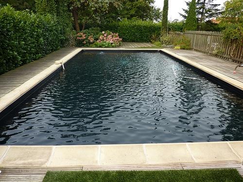 Les 25 meilleures id es de la cat gorie piscine liner noir sur pinterest liner pour bassin for Liner noir piscine