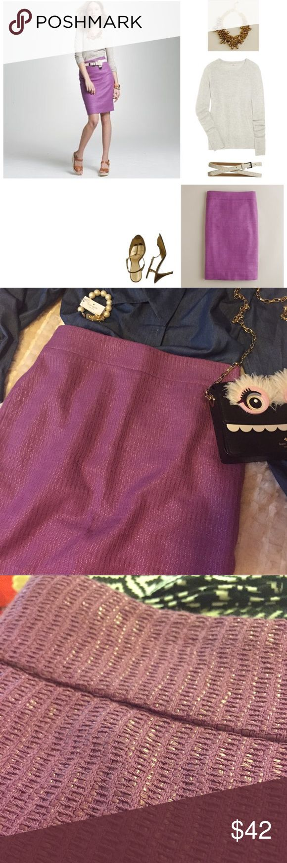 💜 J Crew purple textured fabric pencil skirt 💜 Great classic skirt in classic JCrew quality and a fun color! J. Crew Skirts Pencil