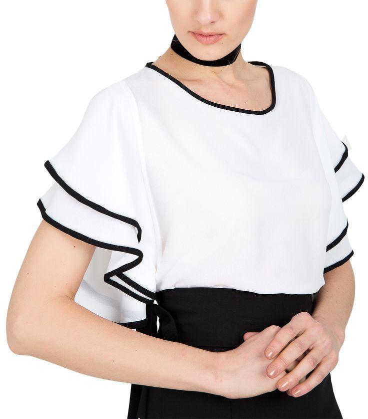 Λευκή μπλούζα με βολάν (μπροστά)