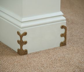 Corner protectors, these are really neat and a nice detail... #cornerprotectors