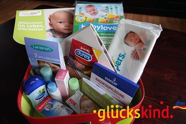 Kostenlose Baby-Willkommenspakete Wer hier und da gerne ein paar Euro spart, der weiß …   – presents