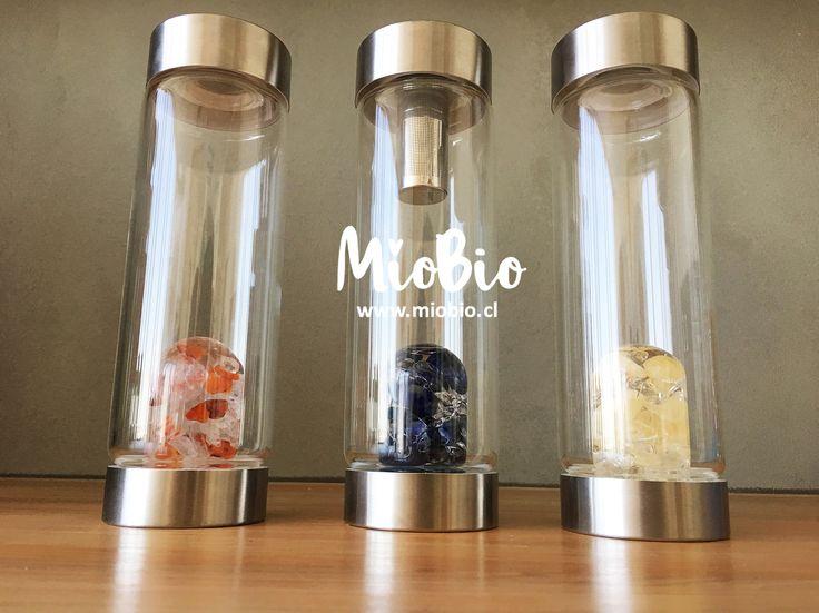 Botellas para vitalizar tu agua con gemas como Calcita Naranja, Cuarzo Claro, Amatista, Cornalina, Sodalita ! todas con diferentes propiedades.