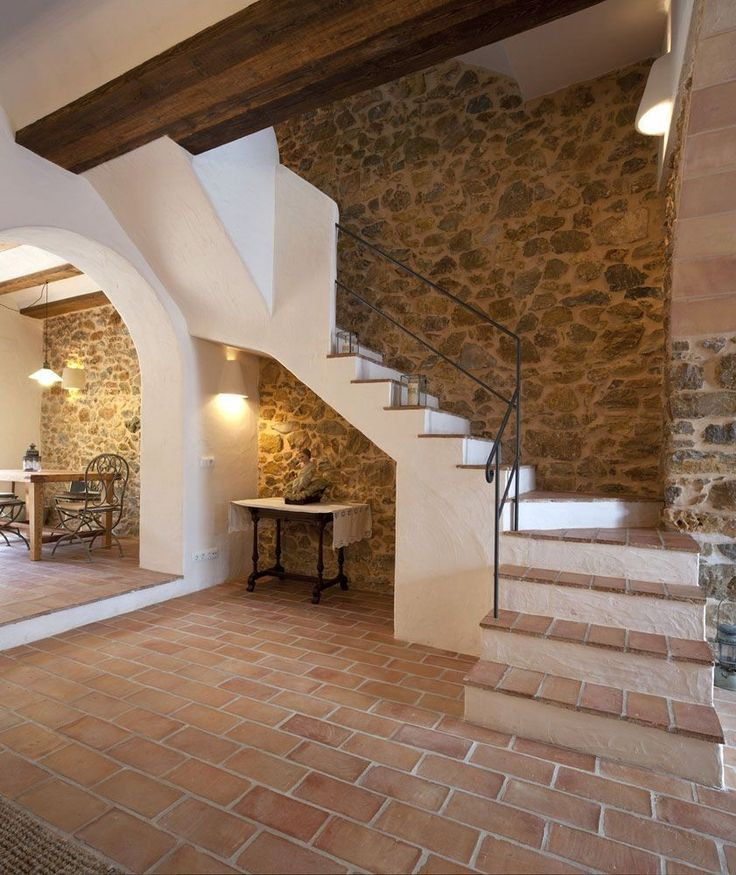 лестница в доме дерево с камнем фото просят одну весь