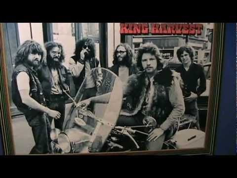 King Harvest - Dancing In The Moonlight - [original STEREO] - YouTube