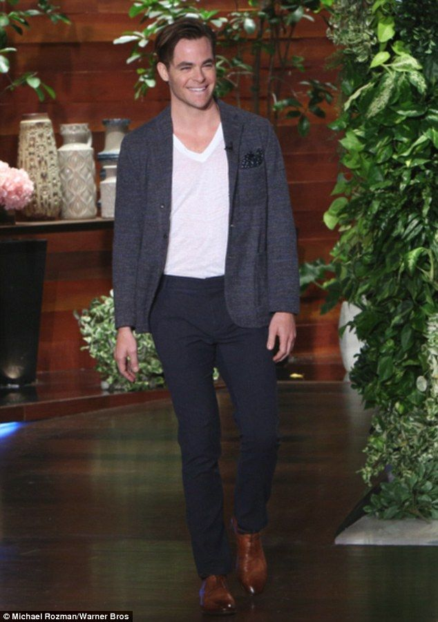 Chris Pine on the Ellen show for horrible bosses 2