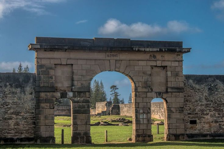 Find out what you need to know for planning a visit to Norfolk Island. We'll share all the best places to eat, stay and play on this beautiful island.