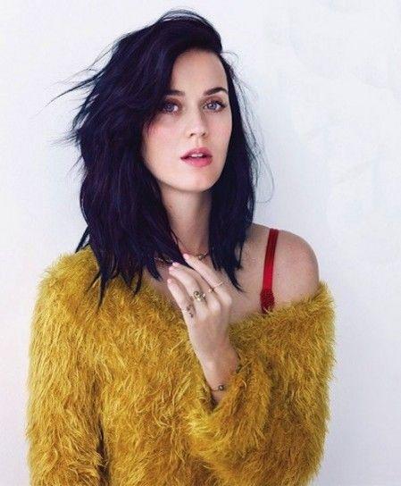 Capelli medi e mossi come Katy Perry - Capelli medi e mossi come Katy Perry, tra i tagli capelli medi più glamour dell'autunno/inverno 2015 2016.