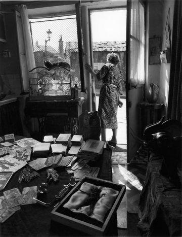 La table de Madame Rayda rue Vilin  1953 - Robert Doisneau