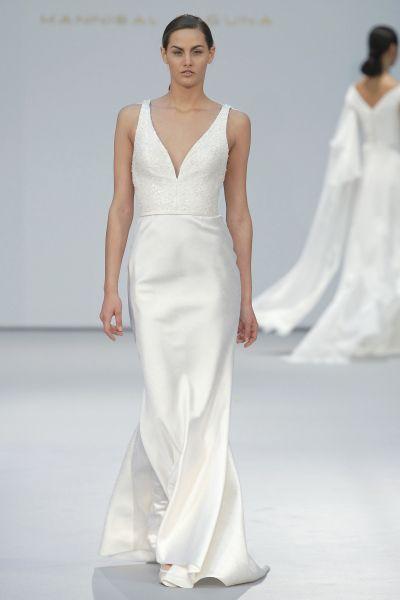 Vestidos de novia para mujeres con mucho pecho 2017: Diseños que te harán lucir fantástica Image: 18