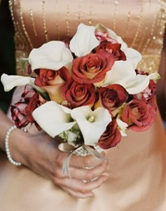Calla Lillies & Burnt Roses/Charred Roses?  #ZombieWedding