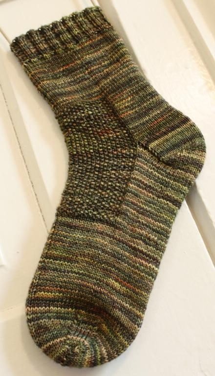 Sock Knitting Pattern Generator : 1000+ images about Knitting - Socks & Slippers on Pinterest Cable, Yarn...