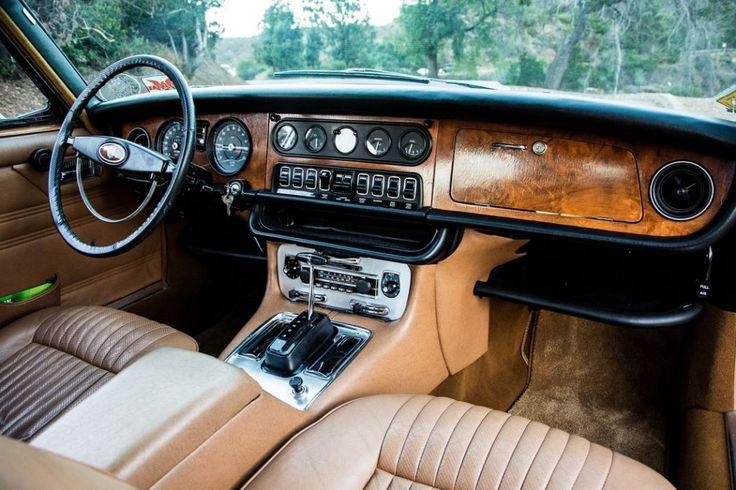 1971 Jaguar XJ6 Interior