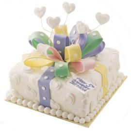 Bow birthday cake