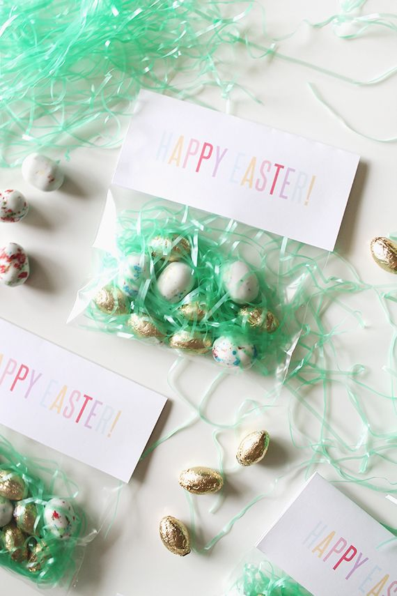 DIY Printable Easter Candy Bag Header from Almost Makes Perfect would be so cute paired with one of our b+B Cello Bags like Item #223161. #happyeaster #eastertreats #diy #easter