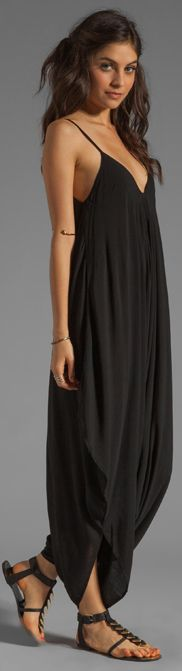 Love... Looks so comfy...: Black Maxi Dress Outfit Ideas ...