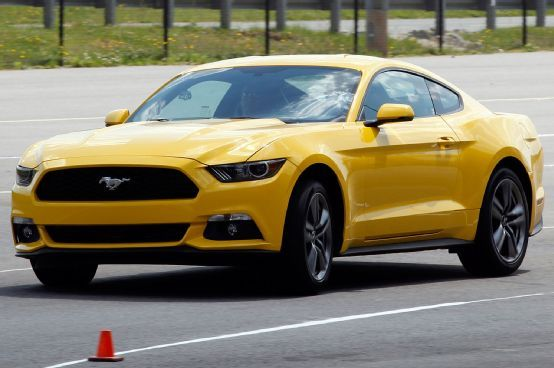 2015 Ford Mustang EcoBoost 2.3 | Motor Trend's First Ride