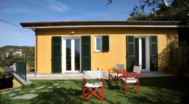 Casetta Gialla - #VacationHomes - $95 - #Hotels #Italy #Lerici http://www.justigo.co.in/hotels/italy/lerici/casetta-gialla_137609.html