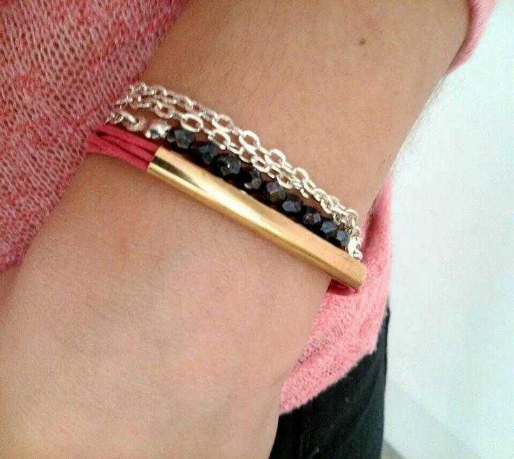 Pink Bracelet from Valquiria Handmade Jewellery..  Soon!!
