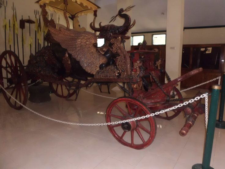 Cirebon traditional train from keraton kesepuhan