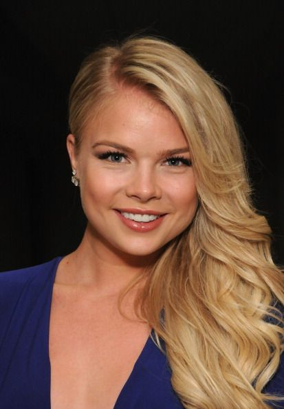 Kelli Goss aka Courtney on YR