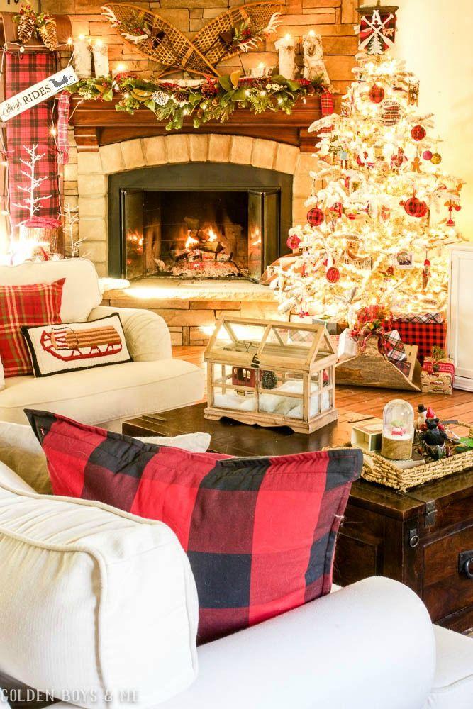 Cozy lodge style family room Christmas decor