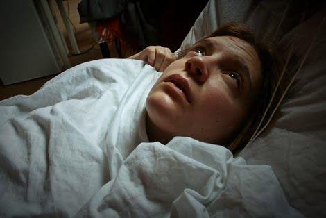 Sandra Tonsa - Psicóloga: Paralisia do Sono: Você já passou por essa experiê...
