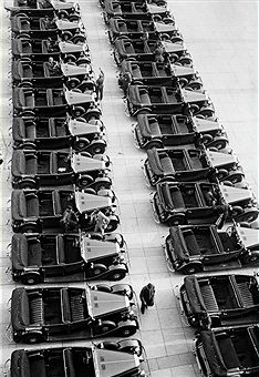 Germany Free State Prussia Brandenburg Province Berlin: Mercedes Benz motor pool (540 k cabrio) for the members of the International Olympic Committee (IOC) at the Olympic Stadium Wagenpark Autos Mercedes Parkplatz Berlin 1936